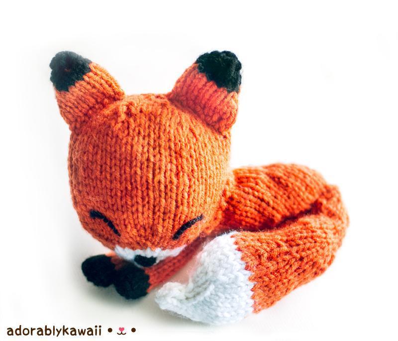 Knit Sleepy Fox Amigurumi Knitting Pattern