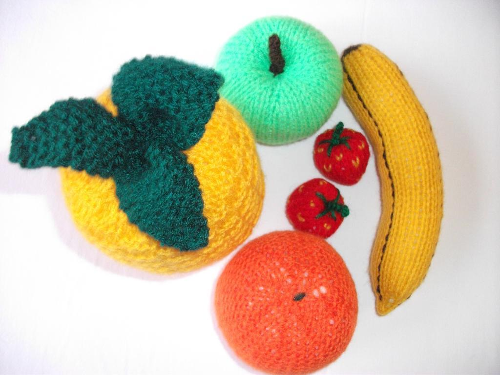 Knitted Fruit Pattern
