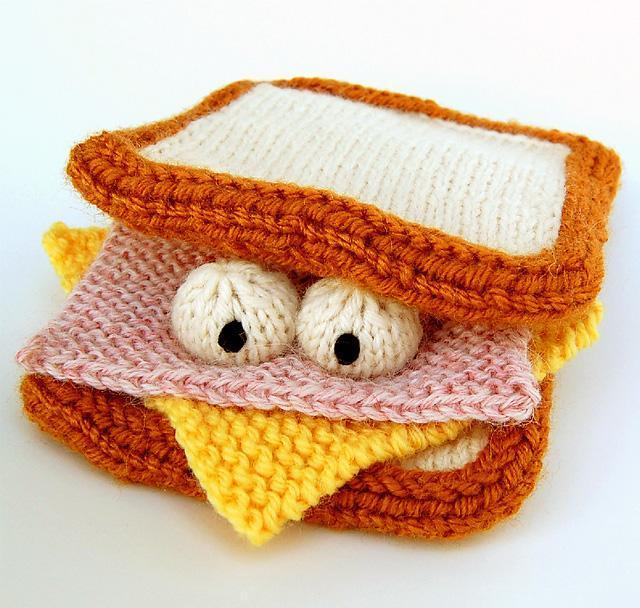 Amigurumi Sammich Knitting Pattern