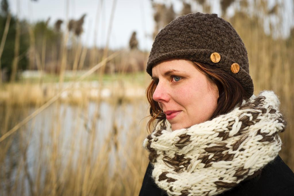 The Ghost Hunter's Cloche Knitting Pattern