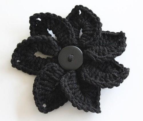 Free Crocodile Stitch Flower