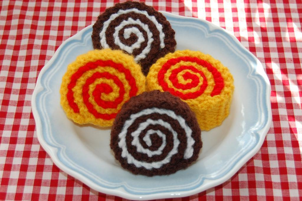 Chocolate Roll Knitting Pattern