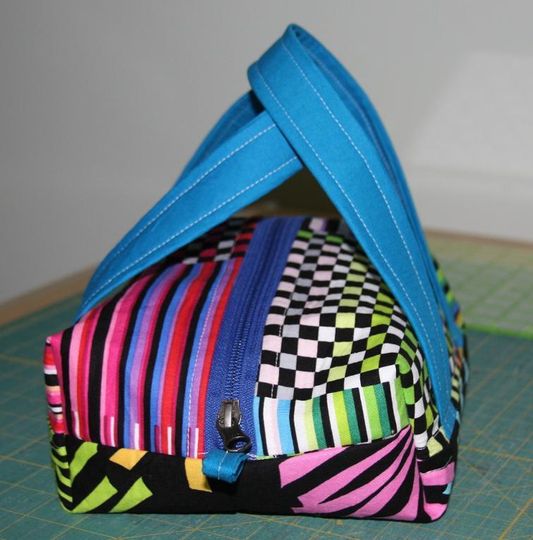 FREE Boxy Cosmetic Bag Sewing Pattern