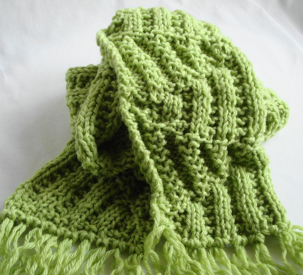 Greta Scarf FREE Knitting Pattern