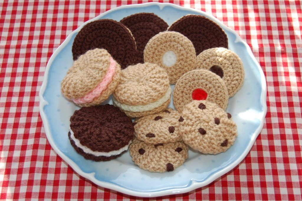 Knit and Crochet Cookies Pattern
