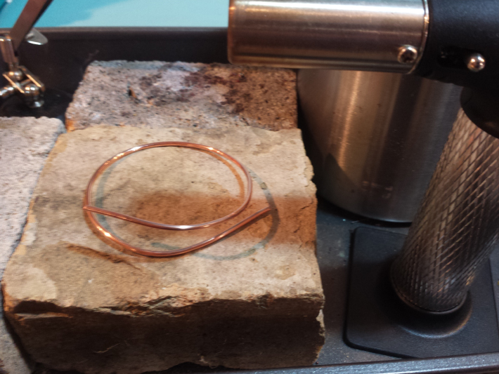 How to Make a Wire Bracelet - anneal