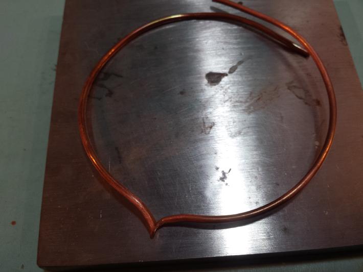 How to Make a Wire Bracelet - shape