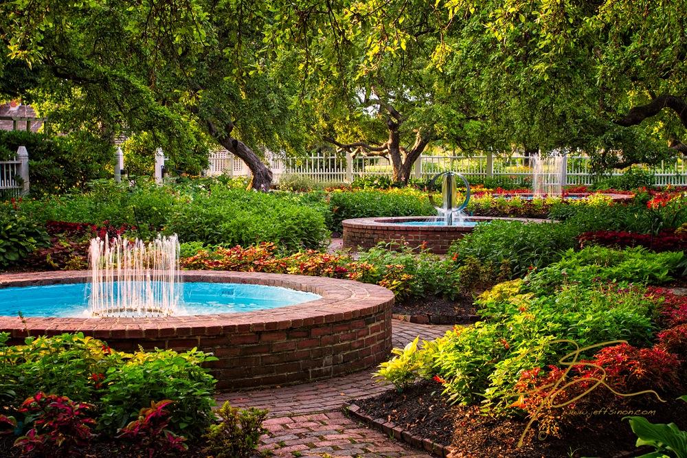 Prescott park gardens in the morning.