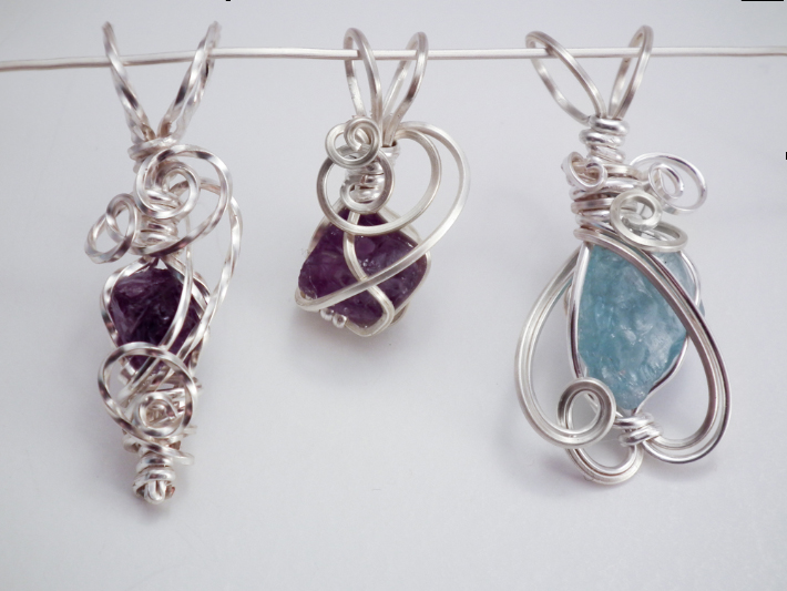 Wire Wrapping Small Stones