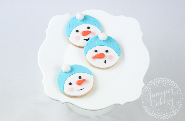 How to make snowman cookies: a step-by-step tutorial on Bluprint