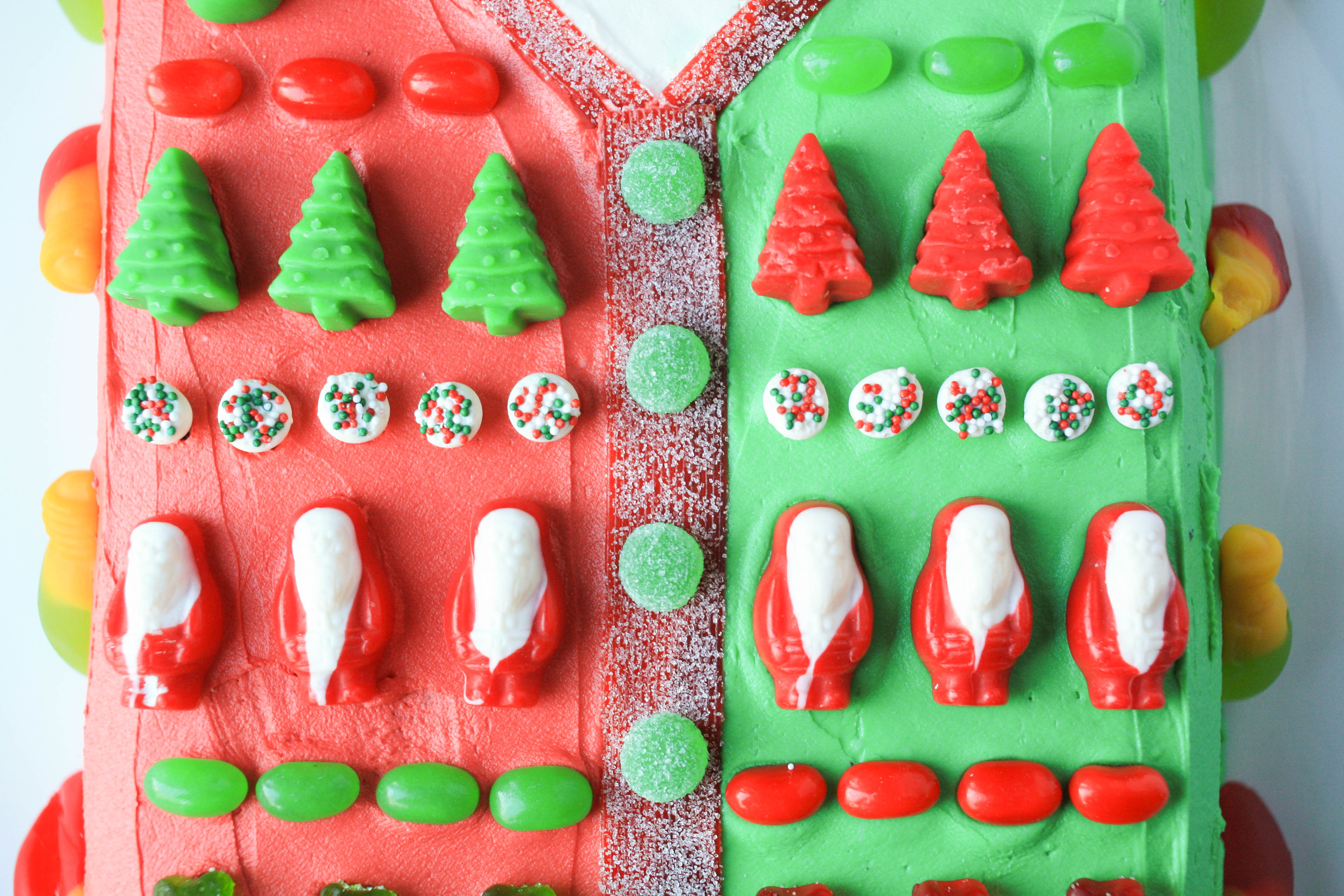 Ugly Sweater Cake | Erin Gardner | Bluprint