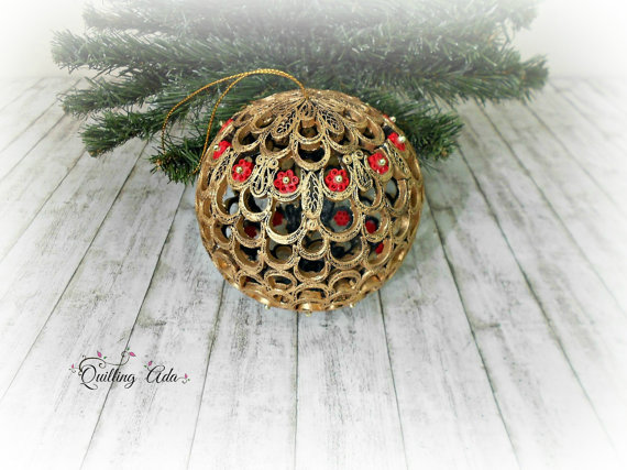 Image of ornament by Paper Art By Ada