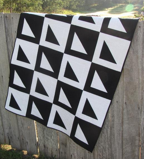 Free Black and White  Quilt Pattern
