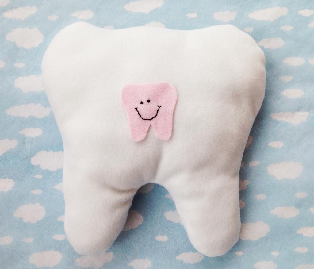 Tooth Fairy Pillow FREE Sewing Pattern