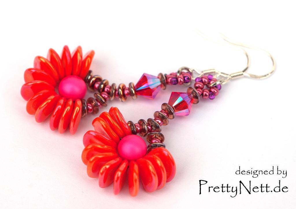 Rose Petal Earrings FREE Pattern