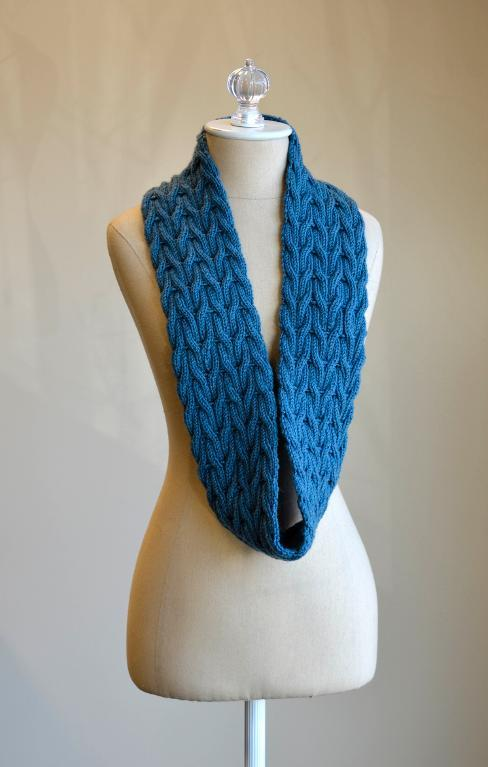 Wishing Cowl FREE Knitting Pattern