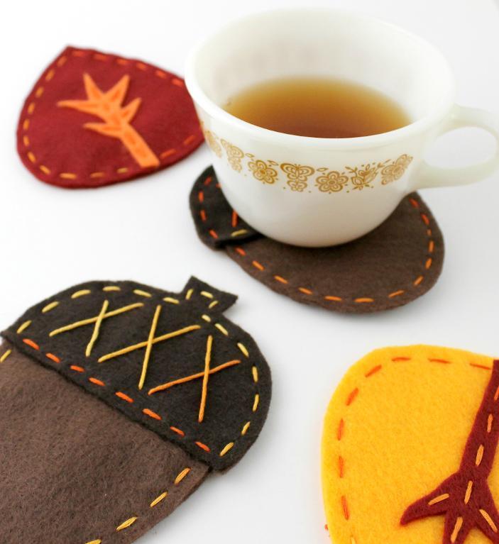 Acorn & Leaf Felt Fall Coasters FREE Sewing Pattern