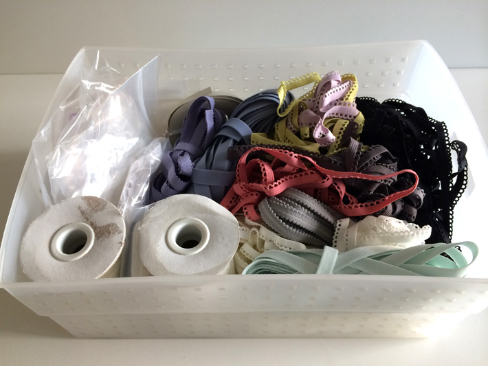 Lingerie elastic stored in a bin