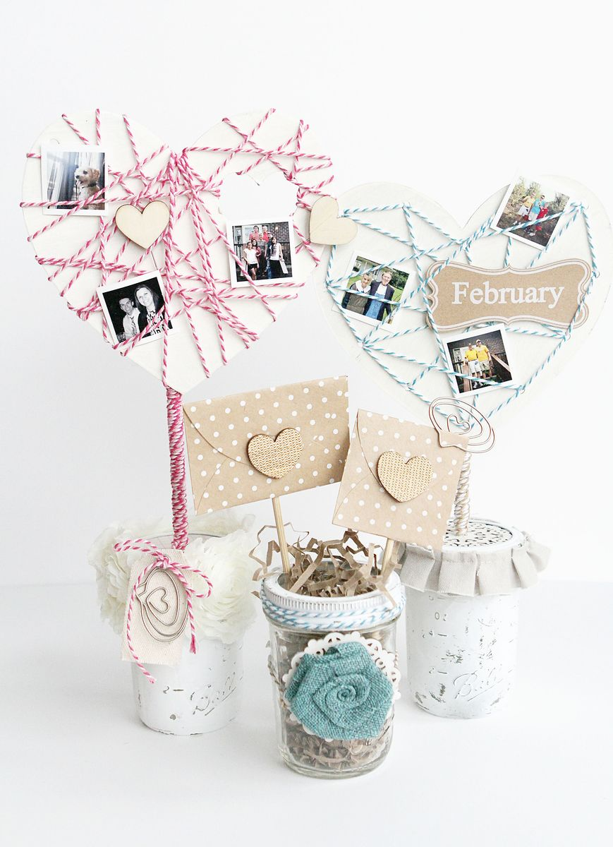 Mason Jar Valentine Table Decor