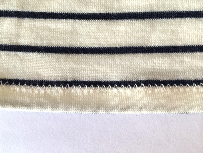 zigzag stitch on knit fabric
