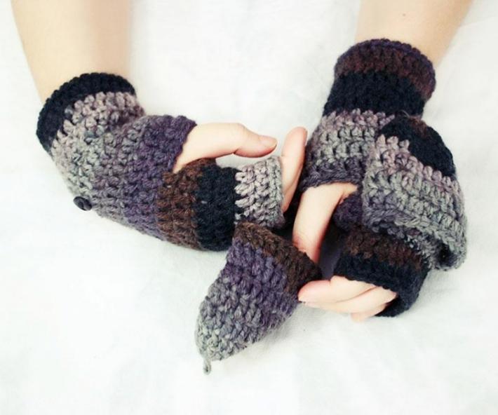 Easy fingerless crochet mitten pattern with flaps