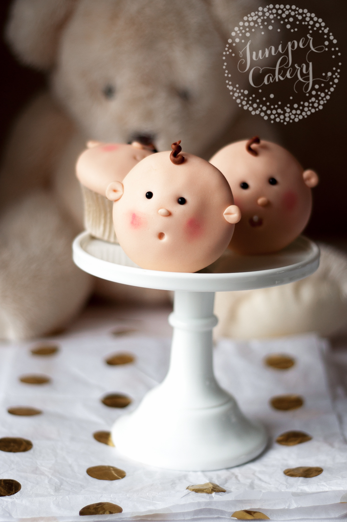 Easy baby shower cupcake tutorial by Juniper Cakery