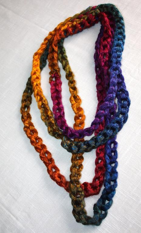 Prism Necklace FREE Crochet Pattern