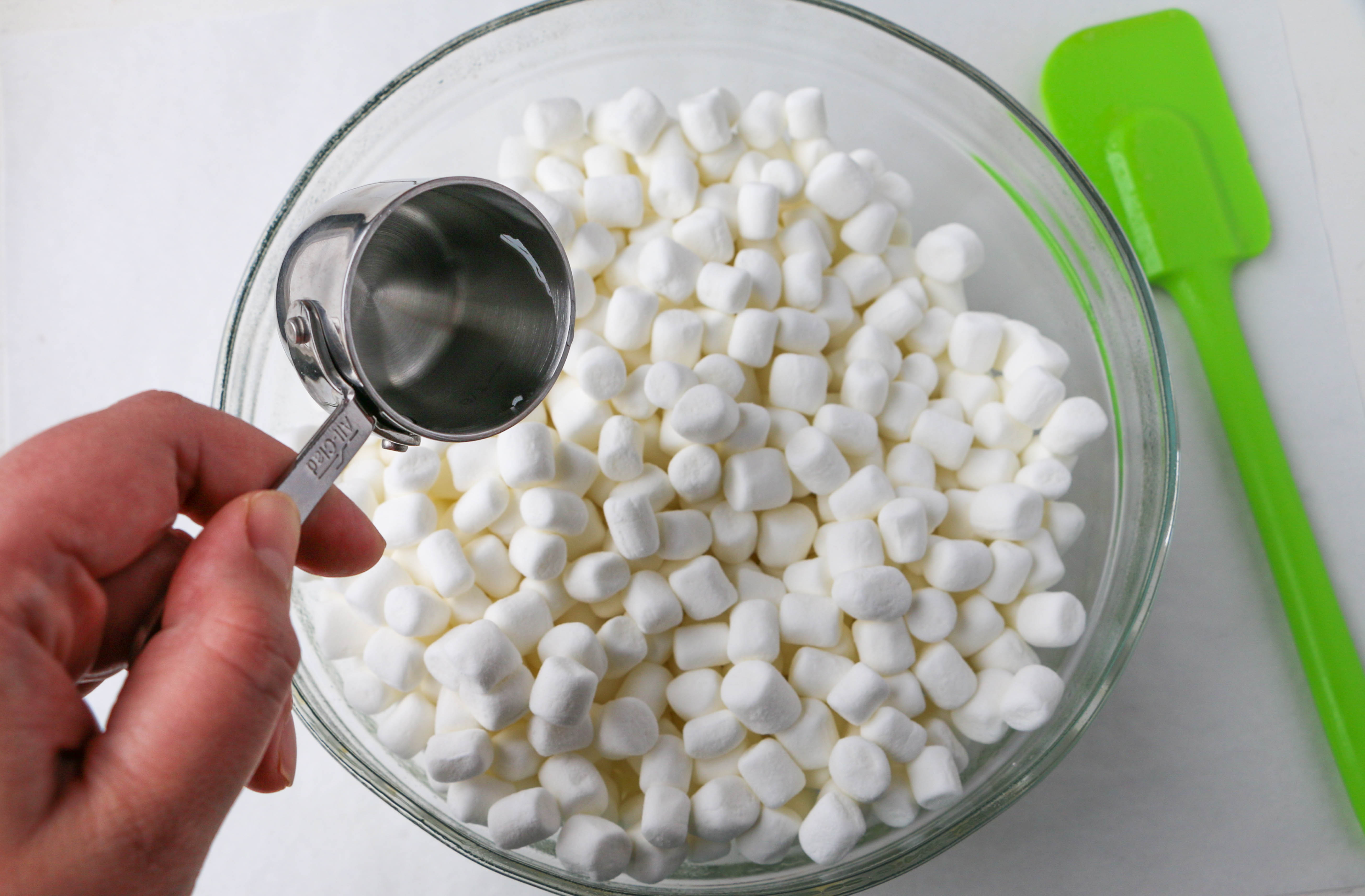 Combining marshmallows and water | Erin Gardner