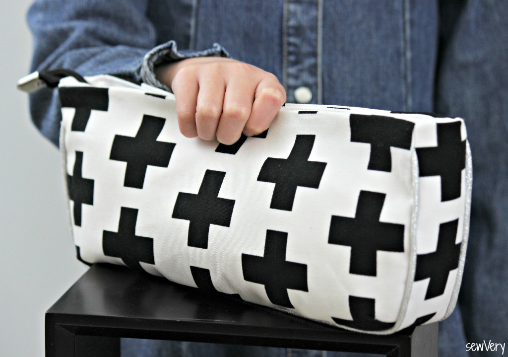 Sew a fun clutch with canvas!