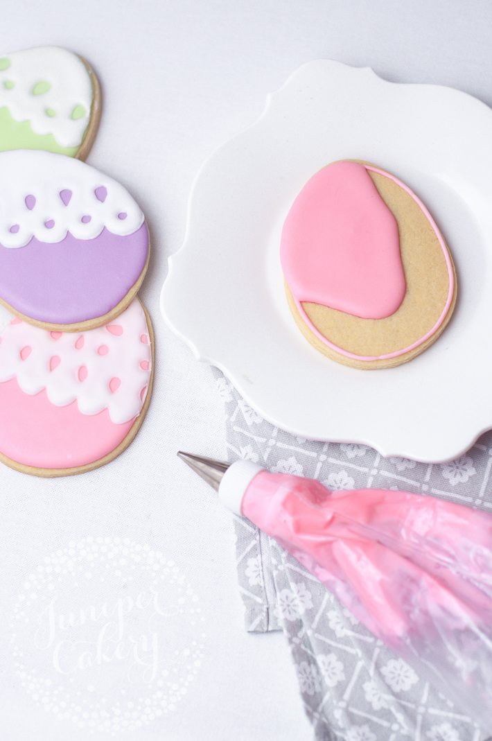 Lace Easter egg sugar cookie tutorial by Juniper Cakery