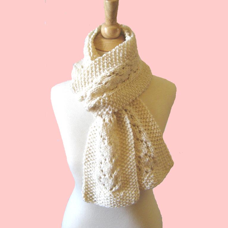 Heart Lace Knit Scarf Knitting Pattern