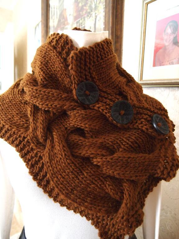 Modern Twist Cowl Knitting Pattern