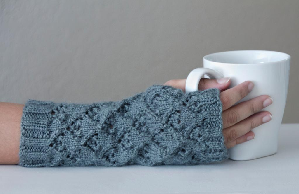 Lace Knit Fingerless Gloves Knitting Pattern