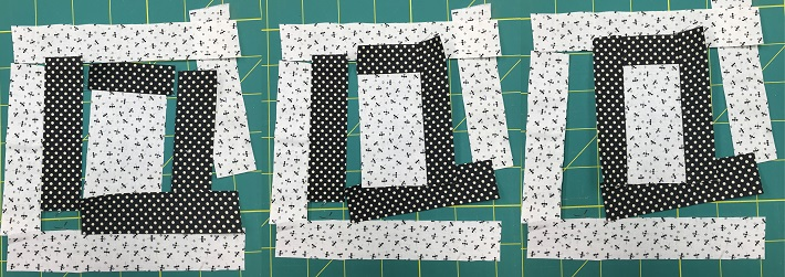 piecing steps for letter Q