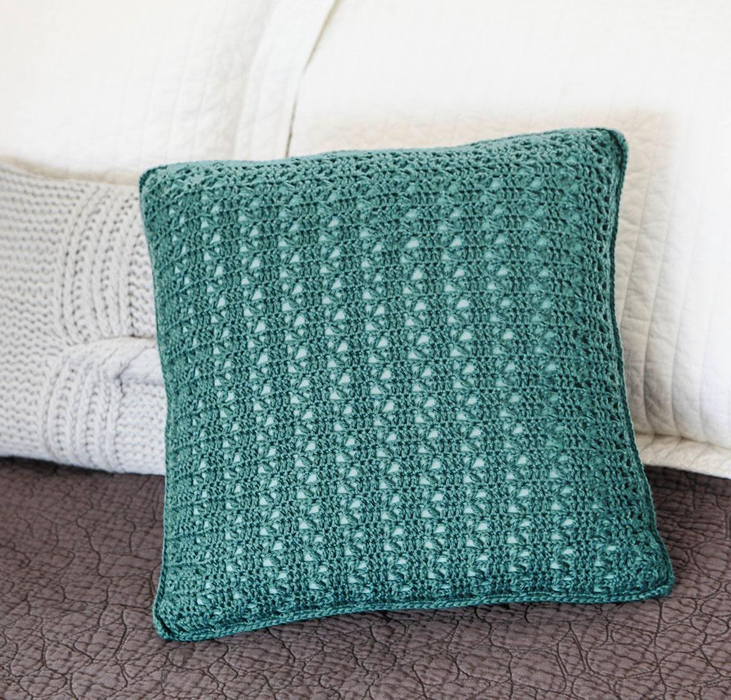Everyday Lace Pillow Crochet Kit