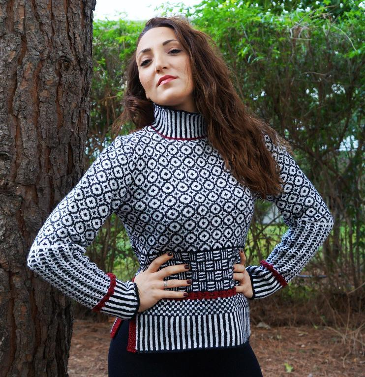 Mosaic Sweater in Black and White