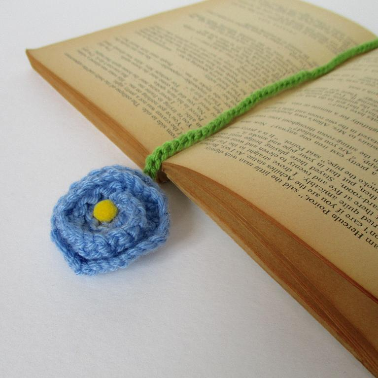 Knit Flower Bookmark