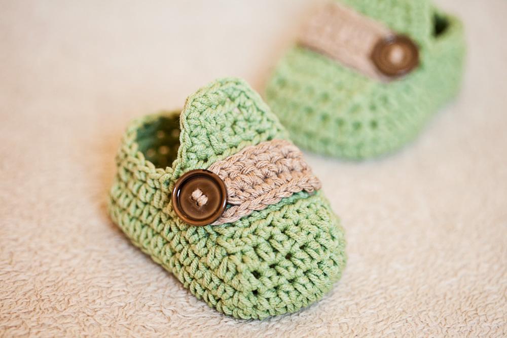 Baby Moccasins FREE Crochet Pattern