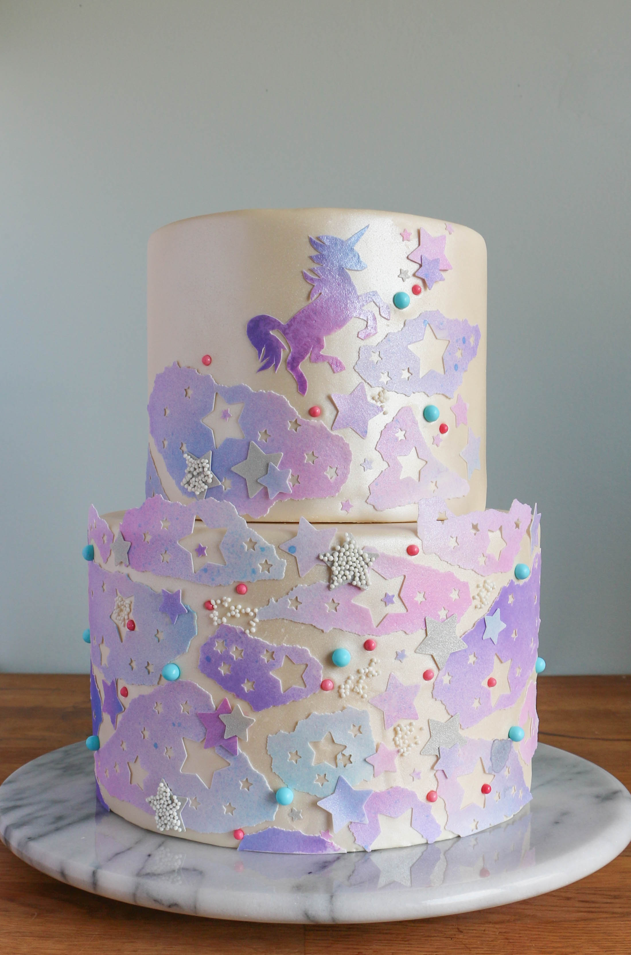 How to Decorate a Cake With Edible Icing Sheets | Erin Gardner