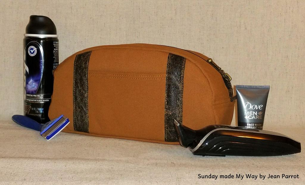 Sunday Made My Way Dopp Kit FREE Sewing Pattern