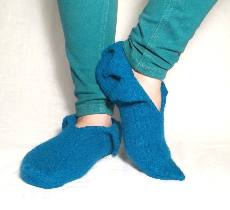 Felt Pixie Slippers FREE Knitting Pattern