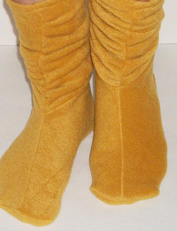 Slouchy Fleece Slippers Sewing Pattern