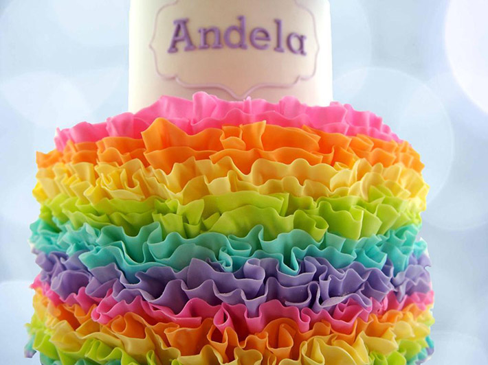 Cute decorate ideas for rainbow layer cakes