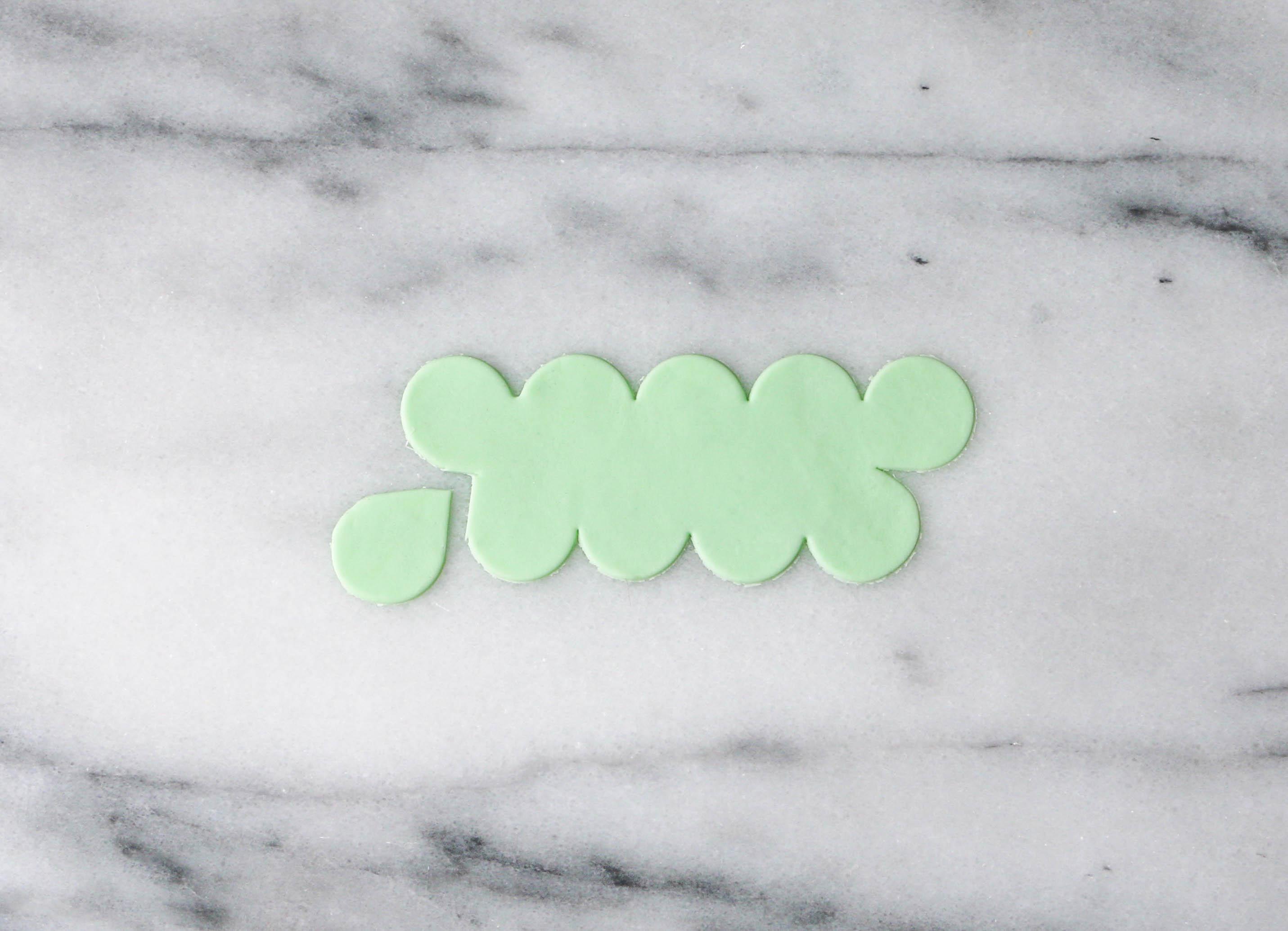 Cutting the Green Gum Paste | Erin Gardner | Craftsy