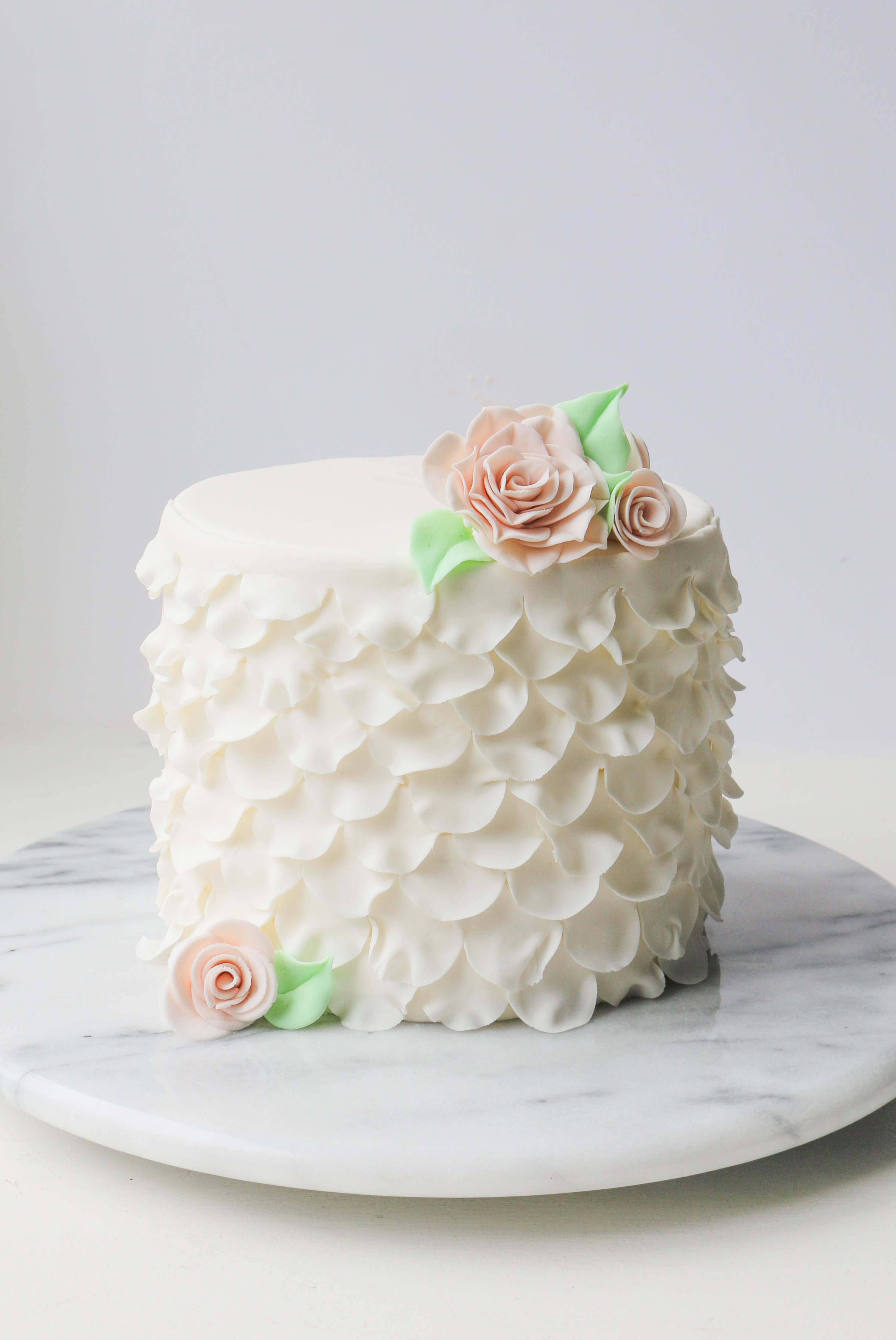Ruffles & Roses Cake Made with the Easiest Rose Ever Sugar Flower Cutter | Erin Gardner | Craftsy