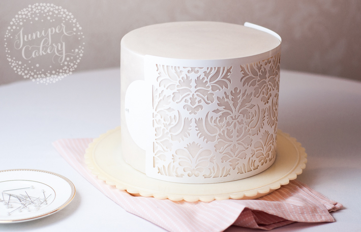 Learn how to stencil cakes with this easy tutorial