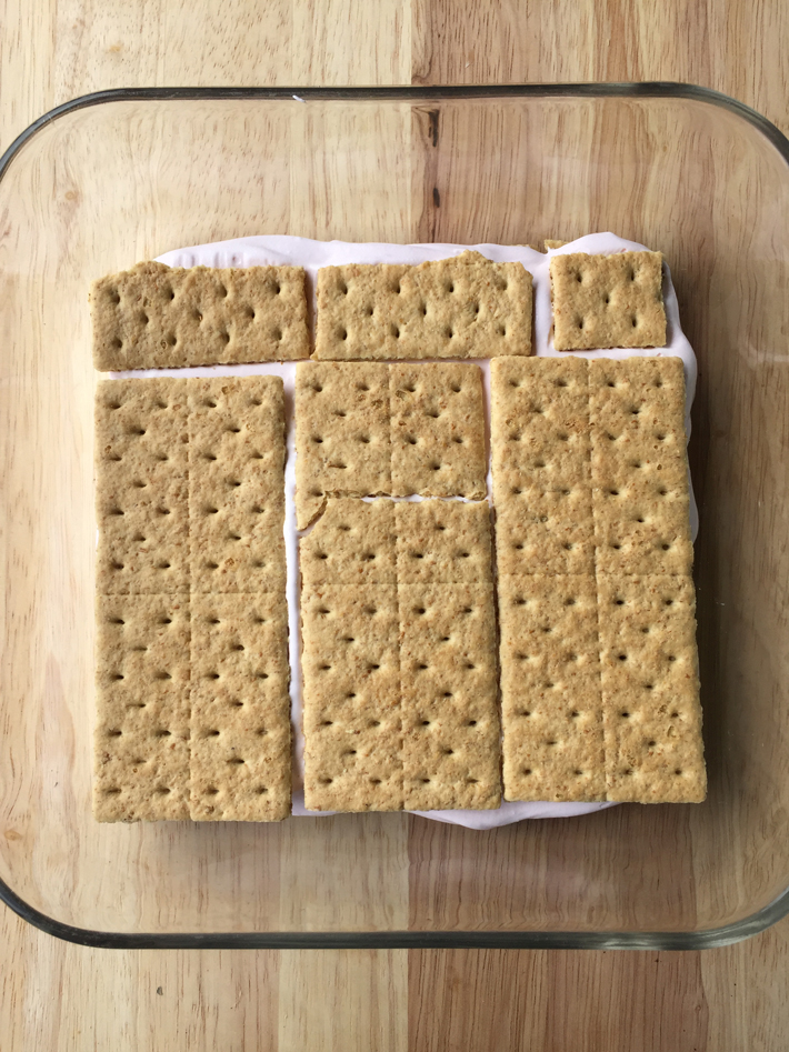 add another layer of graham crackers
