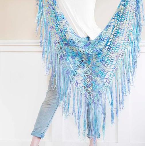 boho triangle crochet shawl