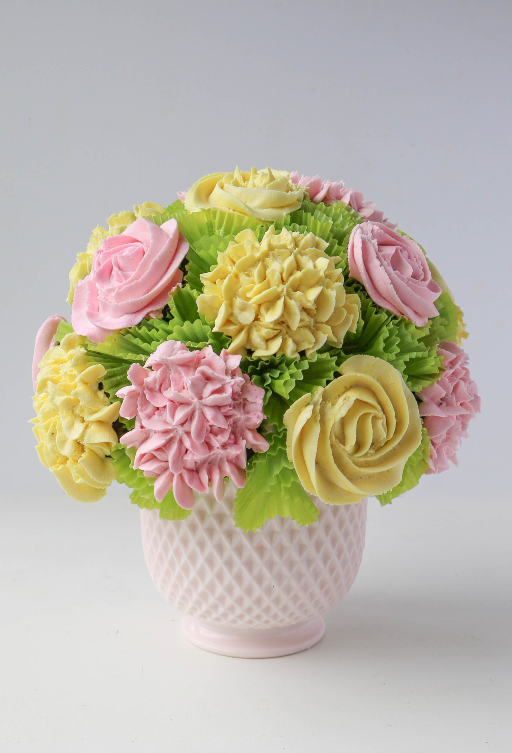 Cupcake Bouquet In 5 Steps An Easy Tutorial