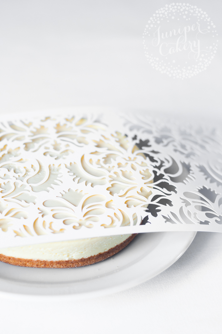 How to stencil a cheesecake for quick dinner party treat